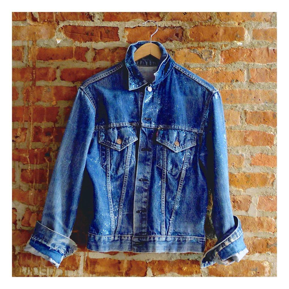 Who-leesa_kicks_Julissa_glitter_jacket.jpg