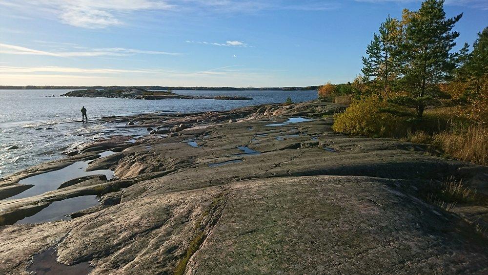 Reitin eteläisimmässä kohdassa juostaan Berguddenin sileillä kallioilla.