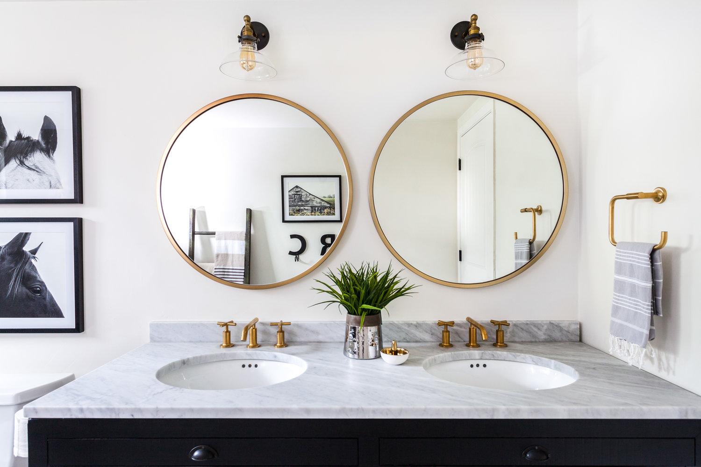 Bathroom Mirrors are Going Full Circle — Fox Homes