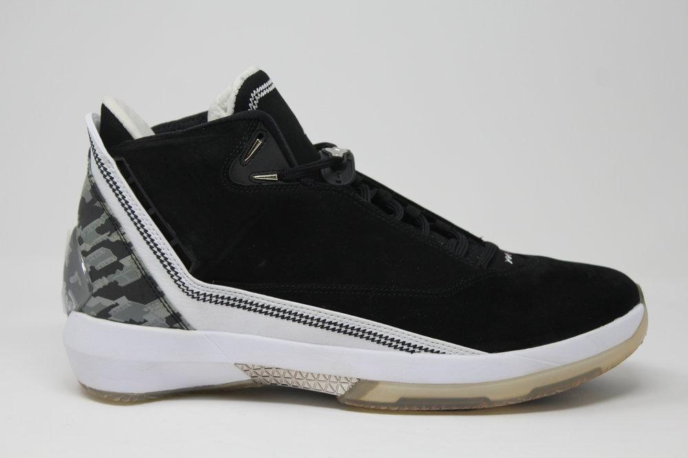 1ee2981adbdc ... Air Jordan 22 OG Black White CDP 2008