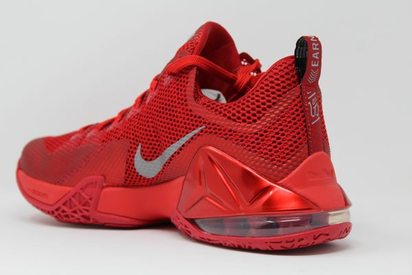 quality design 5efc7 37f40 Nike Lebron 12 Low University Red