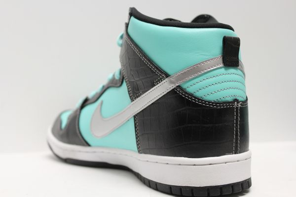 7ac532d85a9 Nike Dunk SB High Diamond Supply Co. Tiffany — RAMPANT SOCIETY