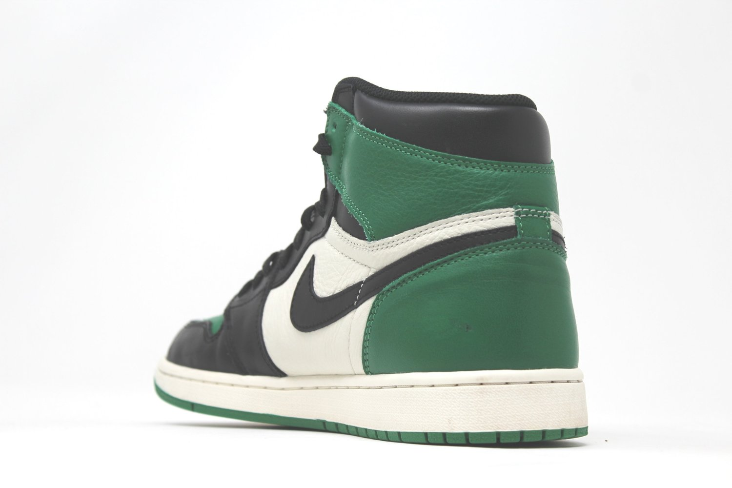 Air Jordan 1 Retro High OG Pine Green — RAMPANT SOCIETY e59c41c91