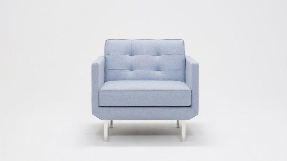 Plateau Club Chair