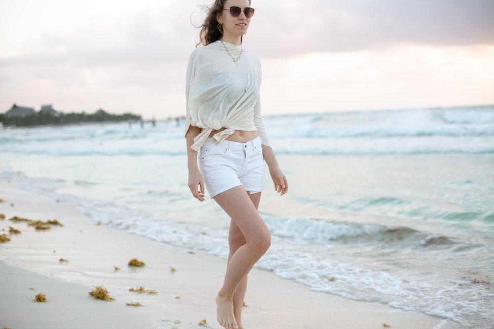 Emily Kiefer Fine Jewels by Avi Loren Fox in Caribbean Mexico-7.jpg