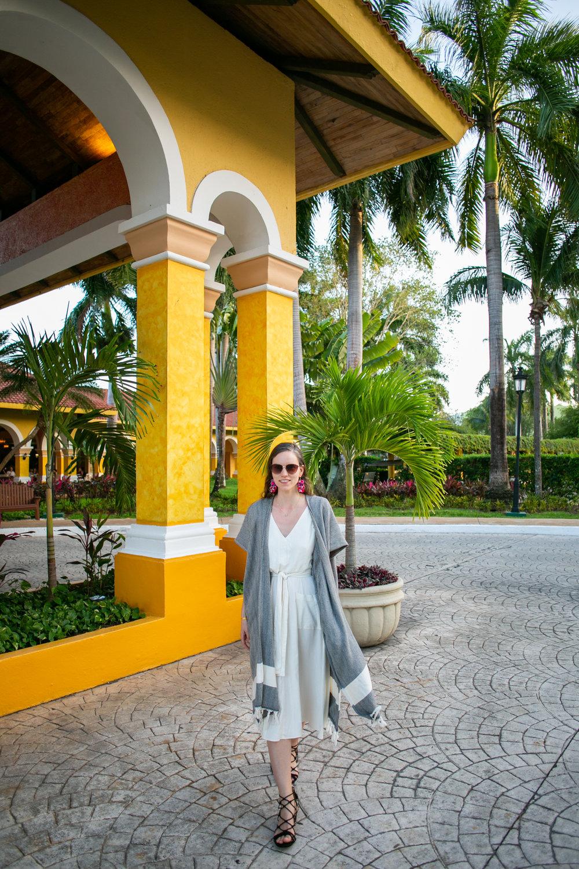 West Oak by Avi Loren Fox in Caribbean Mexico-11.jpg