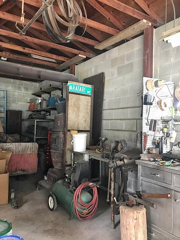 garage in naples