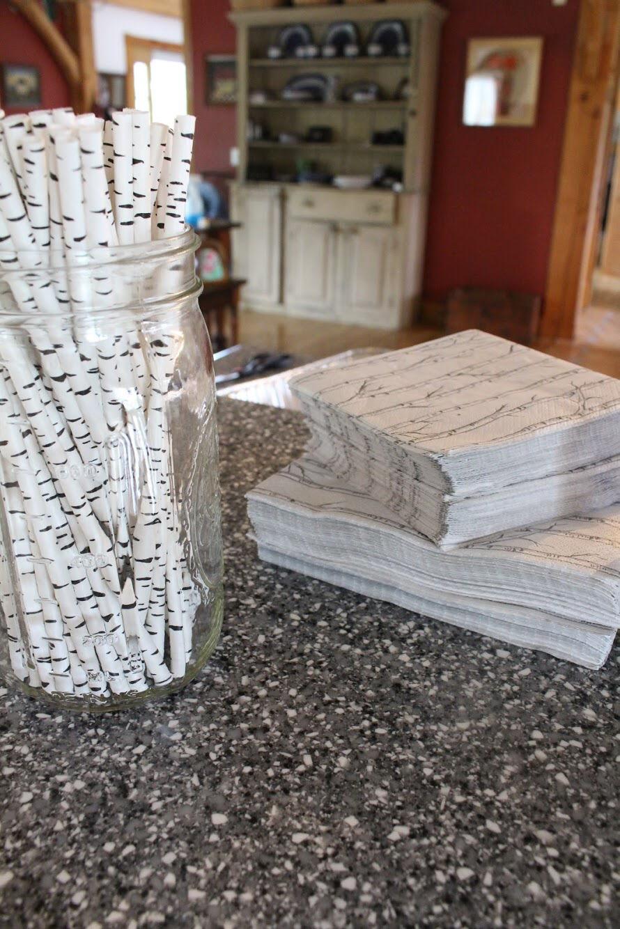 Straws and napkins
