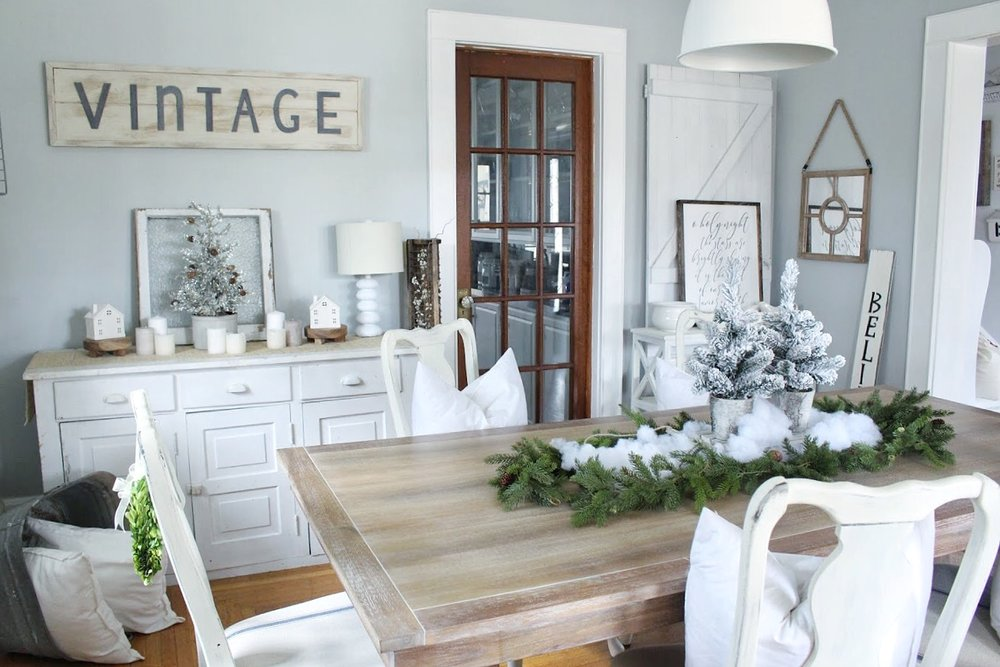 Christmas winter wonderland dining room
