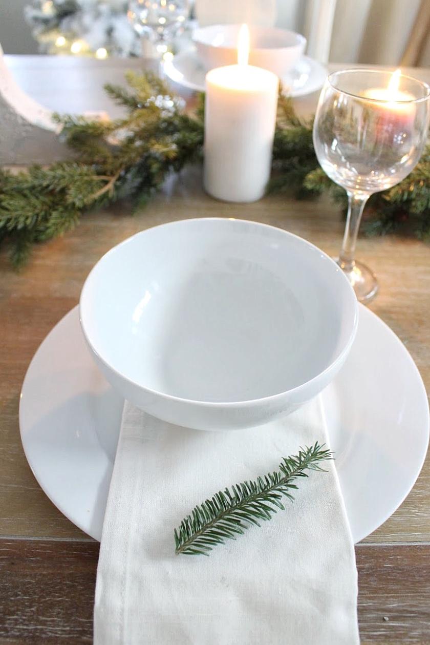 christmas bowl and napkin