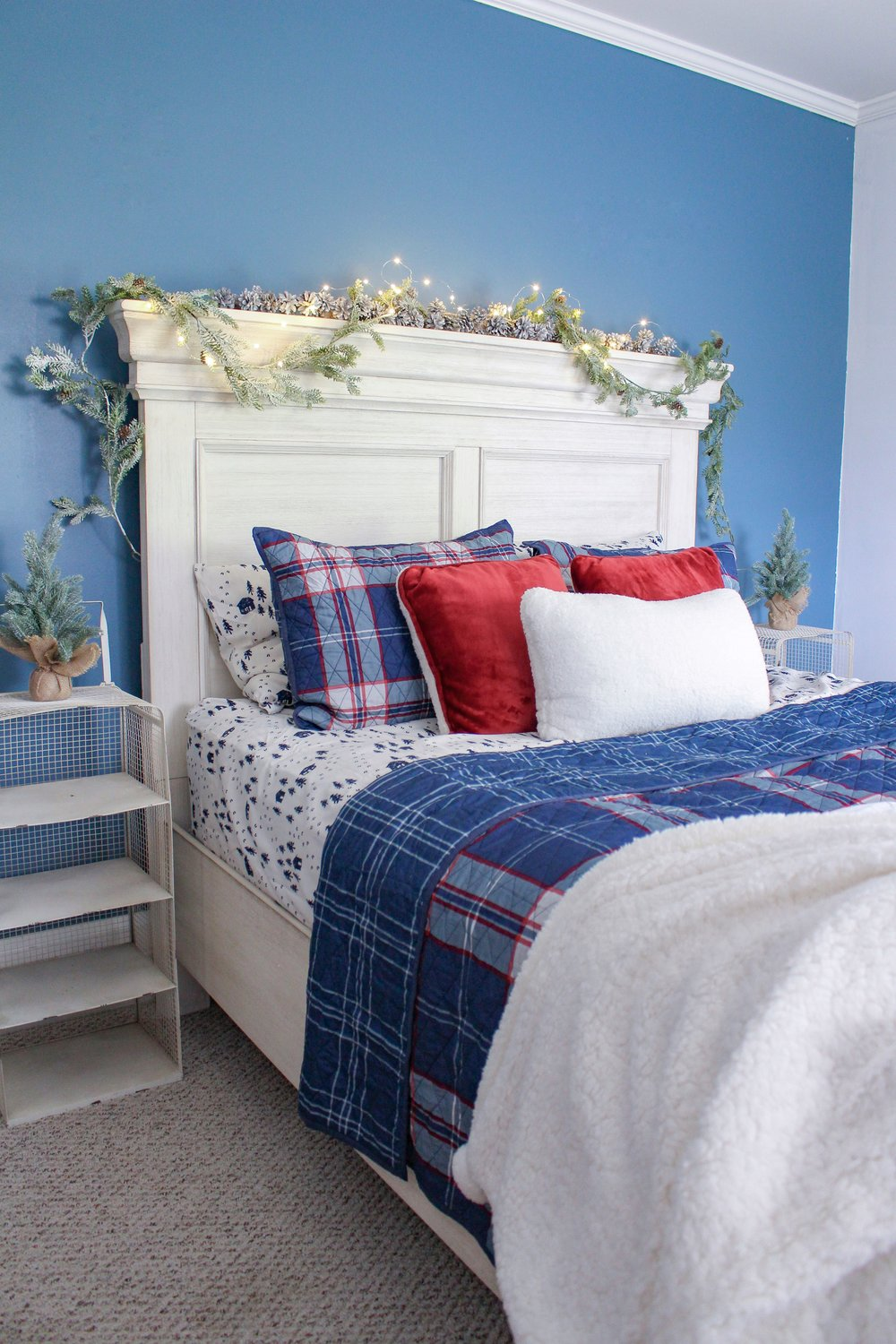 Cozy holiday guest room