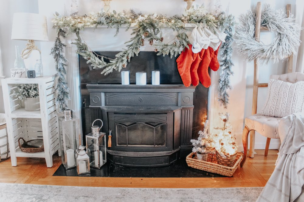 Cozy Christmas Fireplace