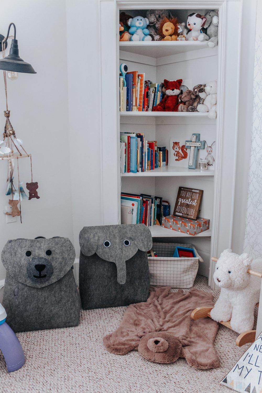 Nursery toys organization