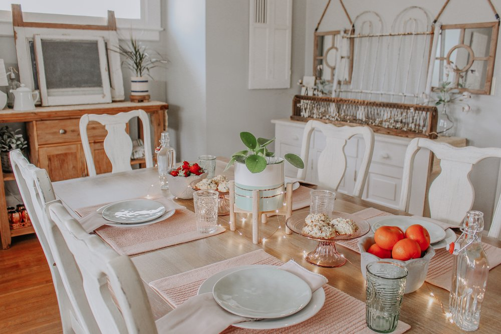 Creating a Spring tablescape