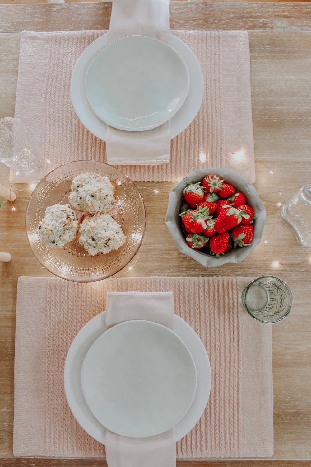 Place settings at the spring tablescape