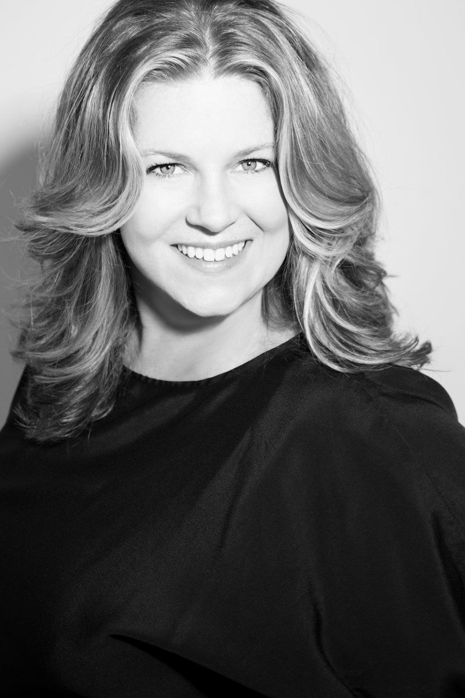 Betsy Briggs Cathcart   Founder / CEO / Elite Artist
