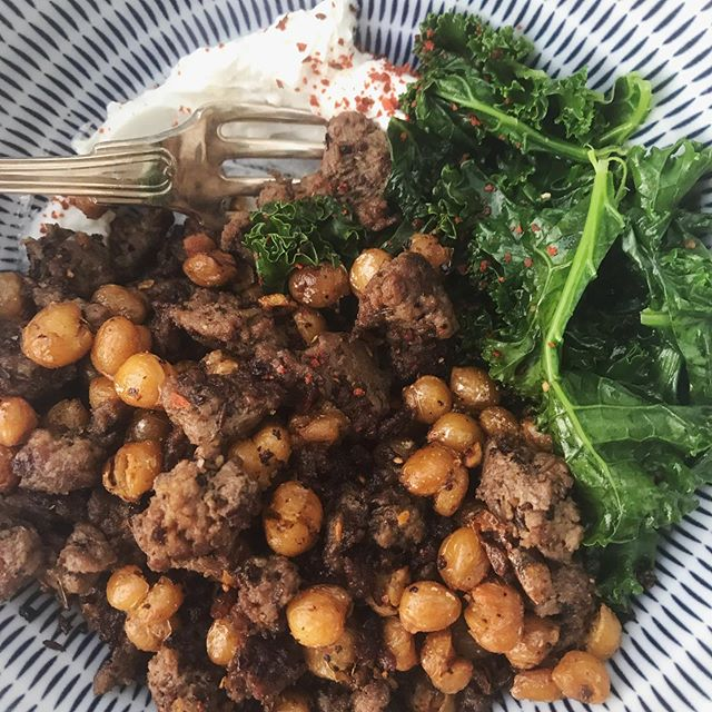 Crispy Chickpeas and Venison with Greens and Garlicky Yogurt @alisoneroman | Mediterranean Aleppo, Turkish Cumin & Malabar White Peppercorn #royallyspicy