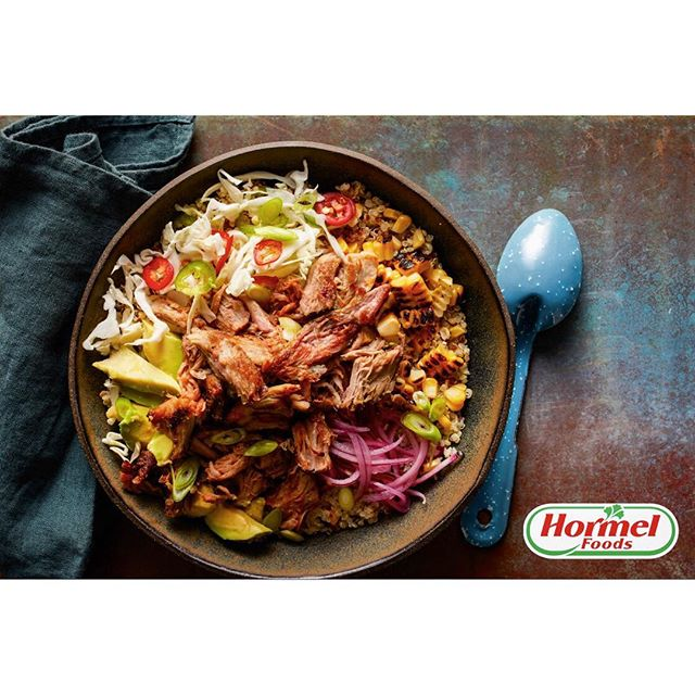 Thinking about lunch already and hoping it will be as delicious as this grain bowl with charred corn, pickled red onion and pulled pork was! Recent work from a great shoot with @randazzoblau @maya___rossi @hormelfoods  and @lyonmgmt team! food by me @erikasjoyce 🌽🍚🍖