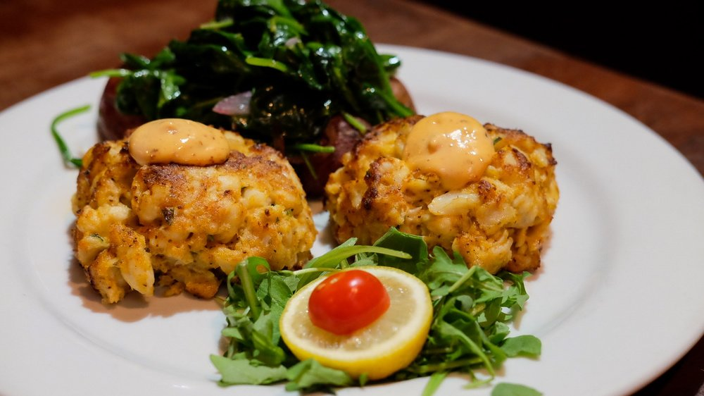 Maisy's - Maryland Crab Cake-2.jpg