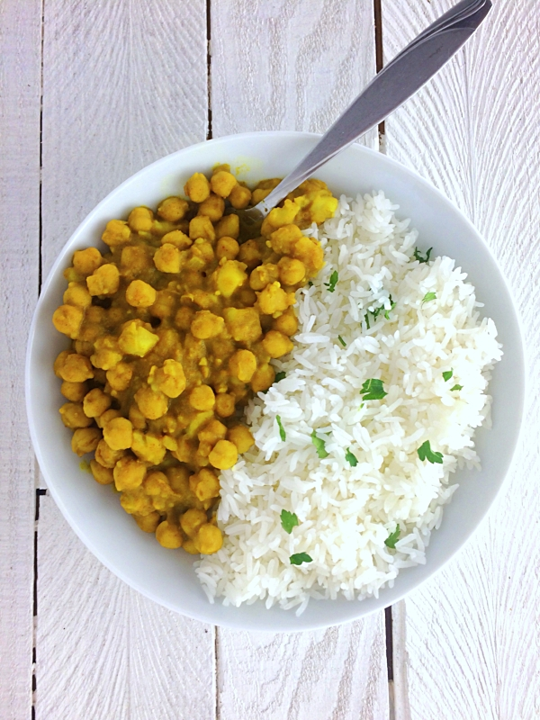 One of the easiest curry recipes to make, it takes about 10 minutes to cook and is full of flavor.