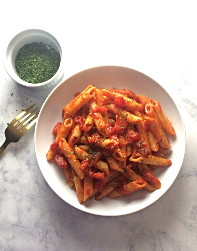 A weeknight favorite in my house used to be Trader Joe's Penne Arrabiatta.So, naturally I had to try and recreate it from scratch. It's so simple that it will be a vegan weeknight favorite.
