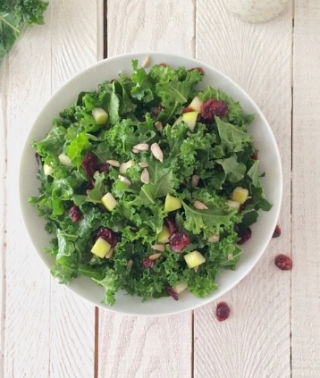 This kale salad and dressing reminds me of Cheesecake factory 's simple kale salad.