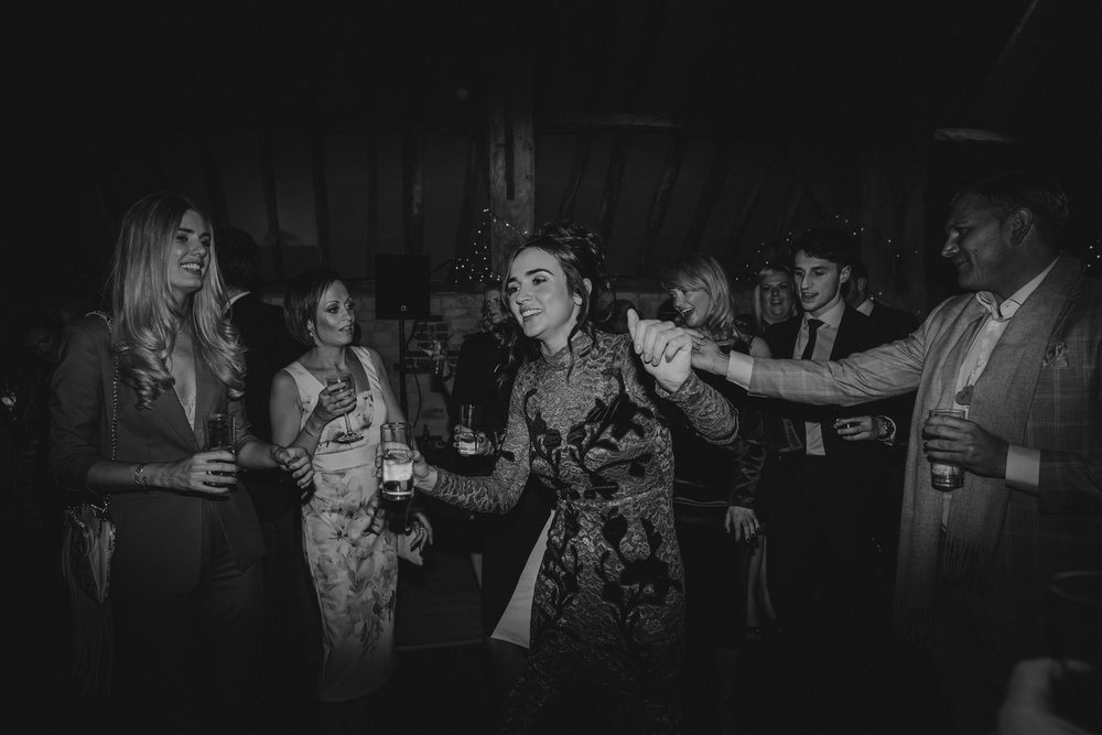 Jenny Packham dress Bury Court Barn Hampshire Wedding Photographer Gione da Silva_045.jpg
