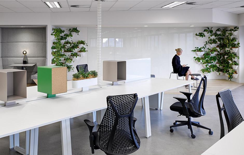 VALMONT_215_Adelaide_St_04.jpg