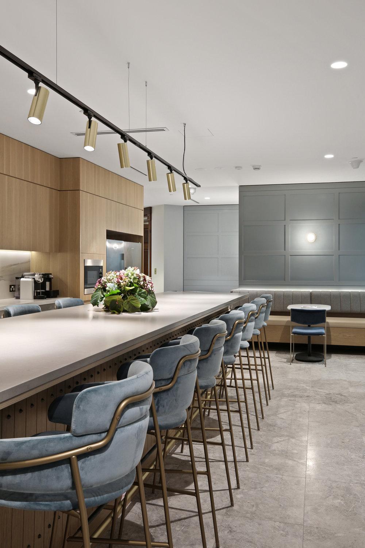 Valmont_KKR_1_Macquarie_Square_High_Kitchen_4.jpg
