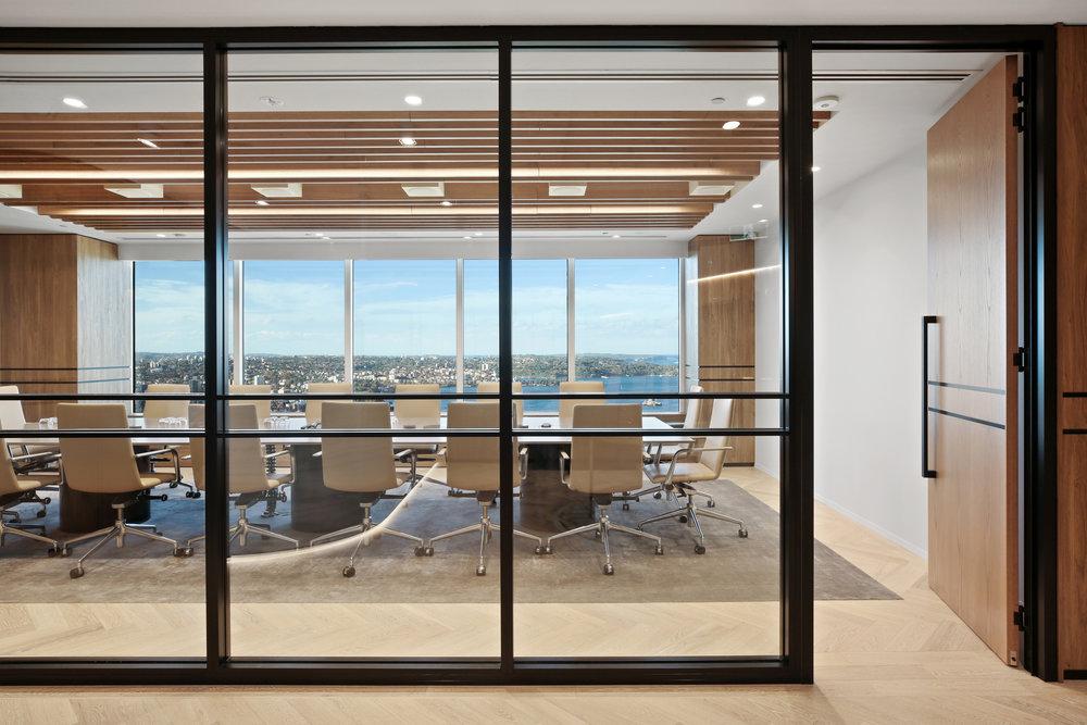 Valmont_KKR_1_Macquarie_Square_High_Office_6.jpg