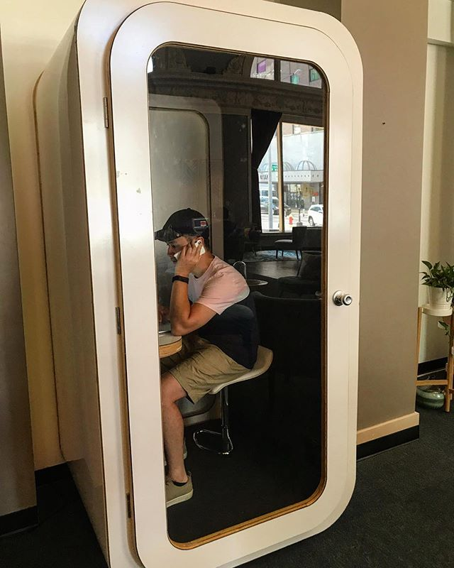 Interested in our Open Seating Membership, but worried about where to take your calls? Our phone booths are sound proof & are available to all members. . Visit the link in our bio for more information, or to schedule a tour today!