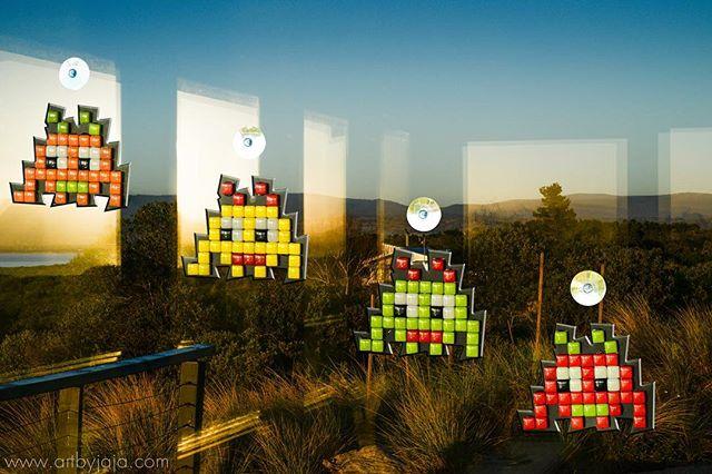 SPOTTED! Spirit Botz on the East Coast of Tasmania, hanging out on the windows of beautiful Coles Bay. #colesbay #pixelbotz #art #craft #craftkit #mosaic #retro #glass #mandalaart #bunnings #bunningswarehouse #diy #kids #fun #artbyjaja #mamosaics