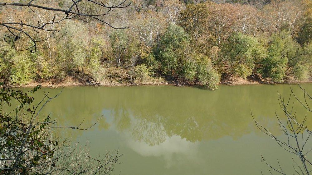 Kentucky River on a still Fall day