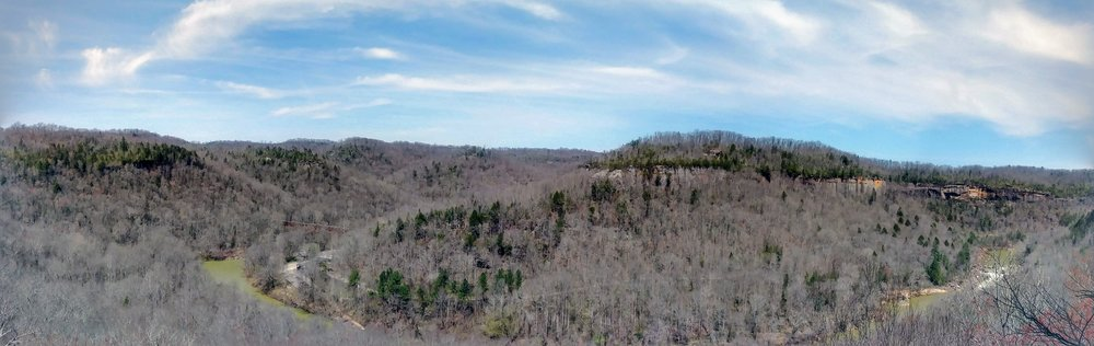 Panoramic view of Big South Fork River and Blue Heron Mining Community from Catawba Overlook