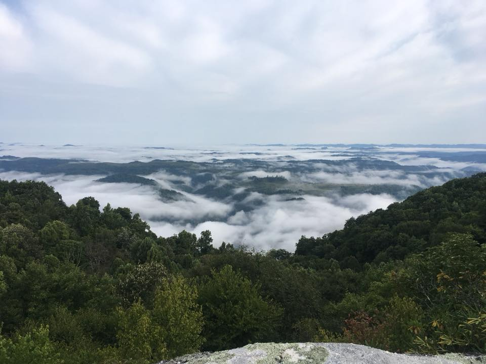 Morning views from Pine Mountain at Breaks 40