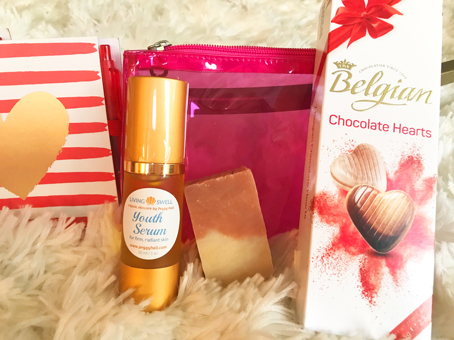 Stock up on youth Serum and Cherry-Almond Soap, featured items in this oh-so-sweet Gift Set!