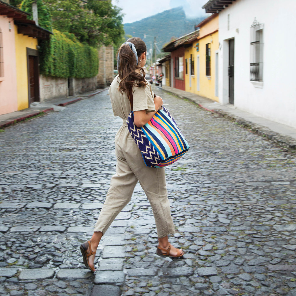 How to keep your purse organized. Pictured: Noonday Collection's fair trade Atitlan Tote