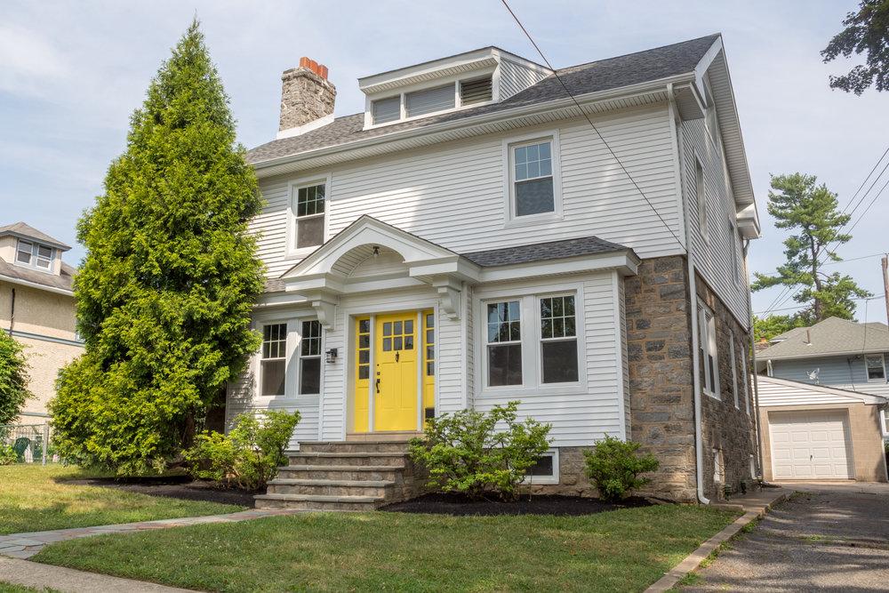 3715 Rosemont Ave-1.jpg