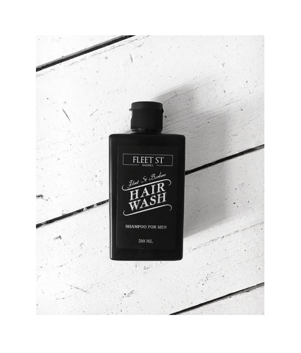 "Product of the MONTH - "" No Frills"" "" The perfect Men's shampoo by Fleet St Barbers. This mild shampoo is no fuss, just lather, rinse and repeat."