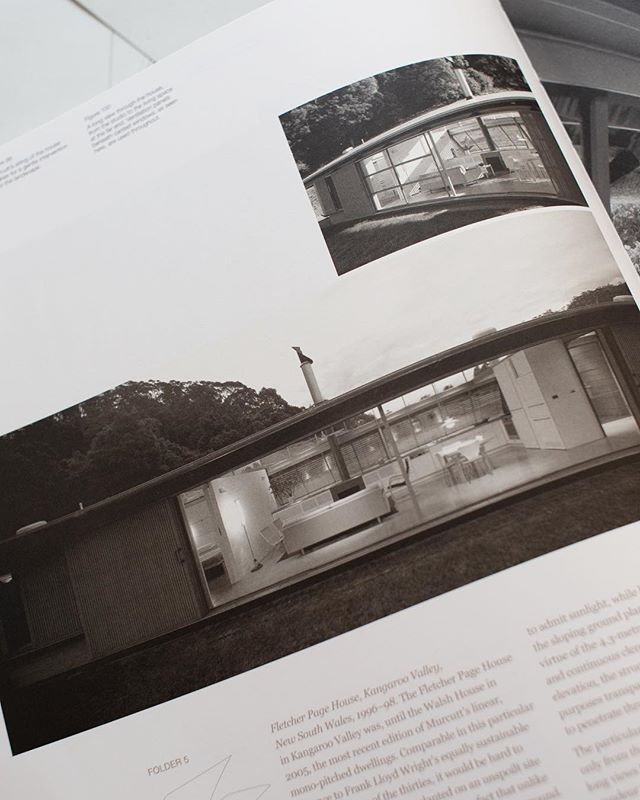 Fletcher Page House, Kangaroo Valley, NSW, 1998. . . . . . . . . #glennmurcutt #glennmurcuttmasterclass #architecture #architecturelovers #australianarchitecture #archidaily #design #designinspiration #book #glennmurcuttfolio #touchtheearthlightly #architect #book #sydneylocal #architecturebooks #australiandesign  #fletcherpagehouse