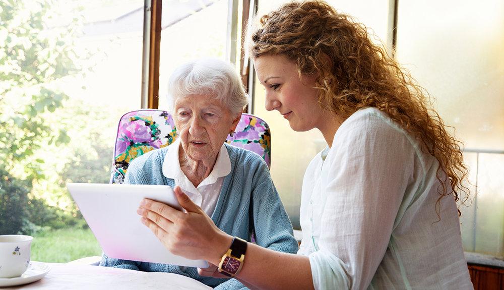 1140-caregiver-senior-effective-advocate.imgcache.rev07d76436dbffd2c52090668e9f315f51.jpg