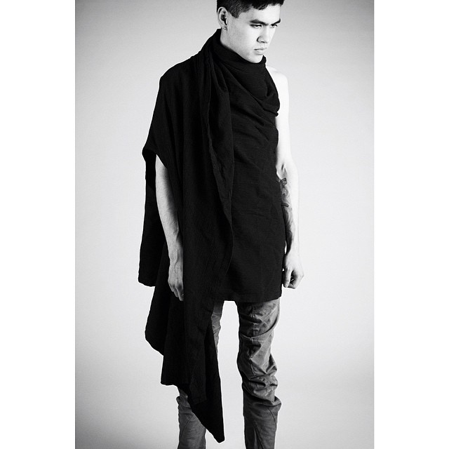 This black cardigan wrap is now available on www.lentrian.com! Get it now! #lentrian
