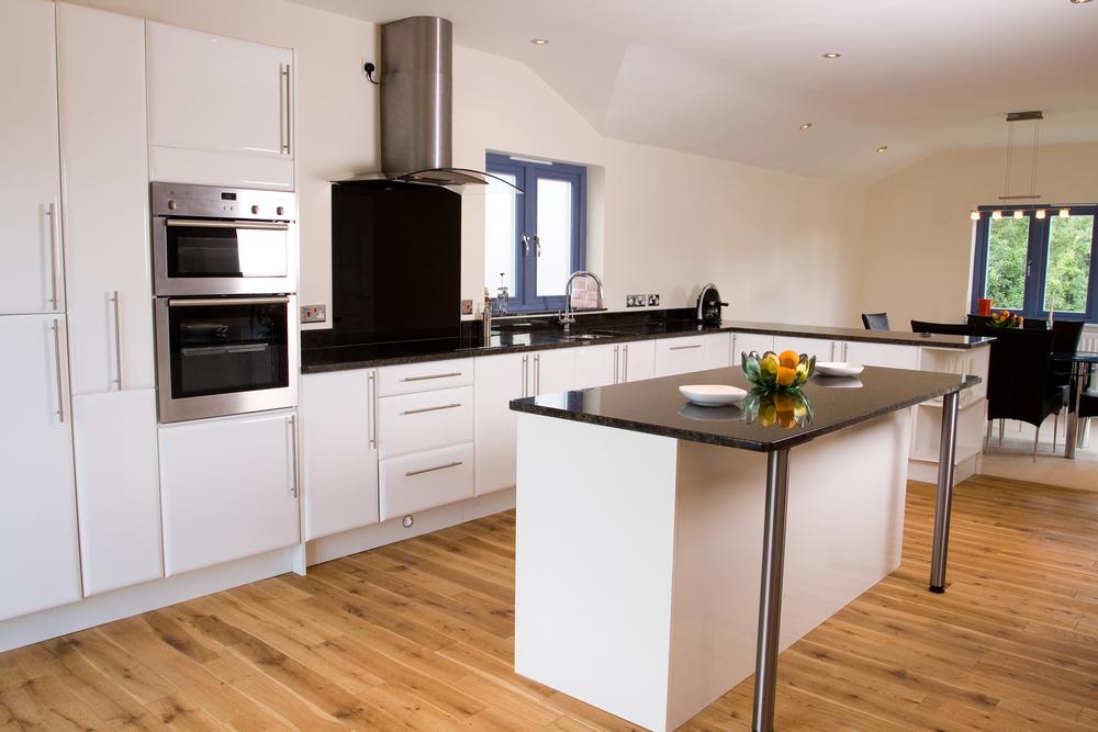 New Kitchen & Decorating