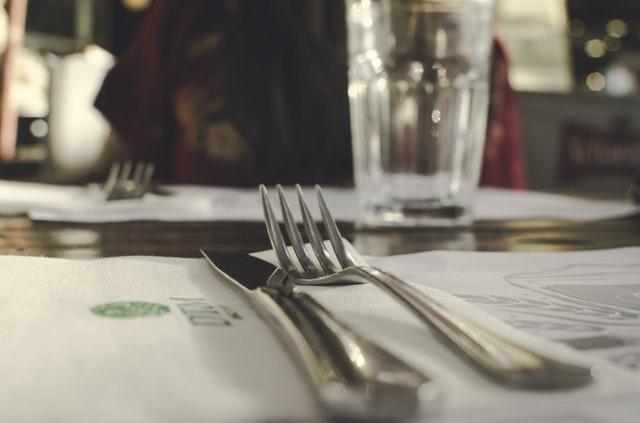 11.00-12.30 SMAKFÖRESTÄLLNING - Matkreatör och kulturguide Eva Gunnare bjuder in till en föreställning där vi ger oss ut i Jokkmokks skogar, ängar, myr och fjäll.Plats: Matsalen på Åsgård, Jokkmokks vandrarhemInträde: 200 kr. Ingen föranmälan behövs.