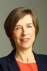 Theresa Wallis, Non-Executive Director