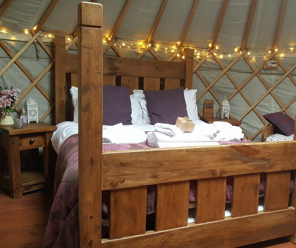 blackberry family yurt- inside.jpg