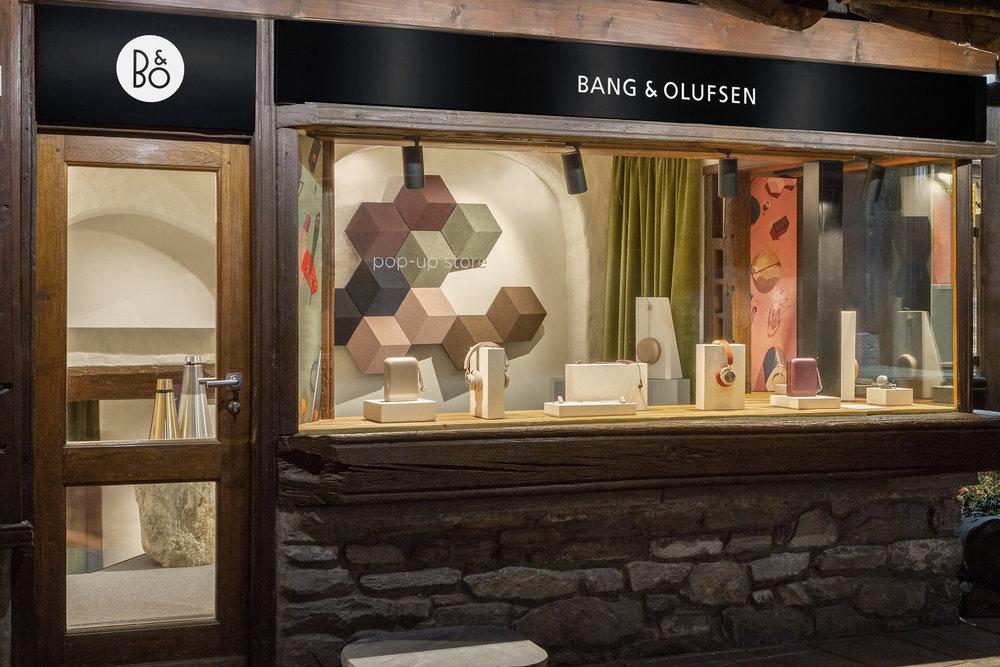 Maria_Redaelli_Bang&Olufse_Pop-up-Store_Courmayeur-0.jpg