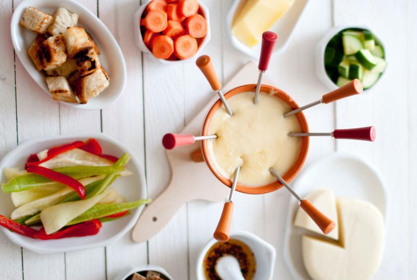 MAIN Cheese Fondue.jpg