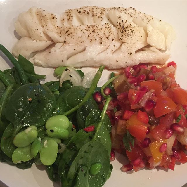 Back to @ottolenghi last night with his Spring Salad and Tomato and Pomegranate Salad. So fresh and tasty.  #salad #fish #dinner #cookingathome #foodlover #foodpics #food #homecooking #tasty #instagood #foodography #yum #lovefood #f52grams #food52 #instafood #delish #instafoodie #londontown #london #feedme #feedmefeedme #eatme #londonblogger #foodblogger #blogger #instadaily #dailyinsta #dailyfoodfeed #foodphotography