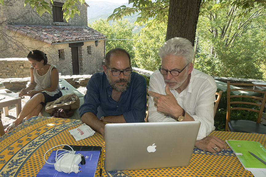 Mentor Lyle Rexer in a one-one portfolio review with a student during The Photography Master Retreat 2015.